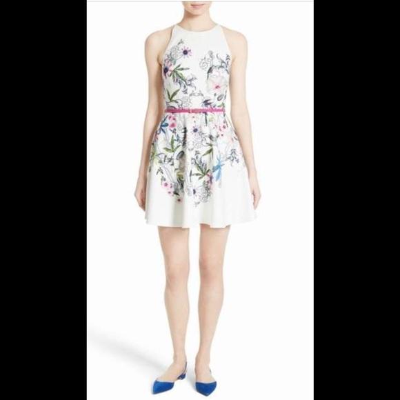 7662b1e9ce8 Ted Baker London Samm Floral Fit   Flare Dress. M 5a86369f85e60577a6529e00